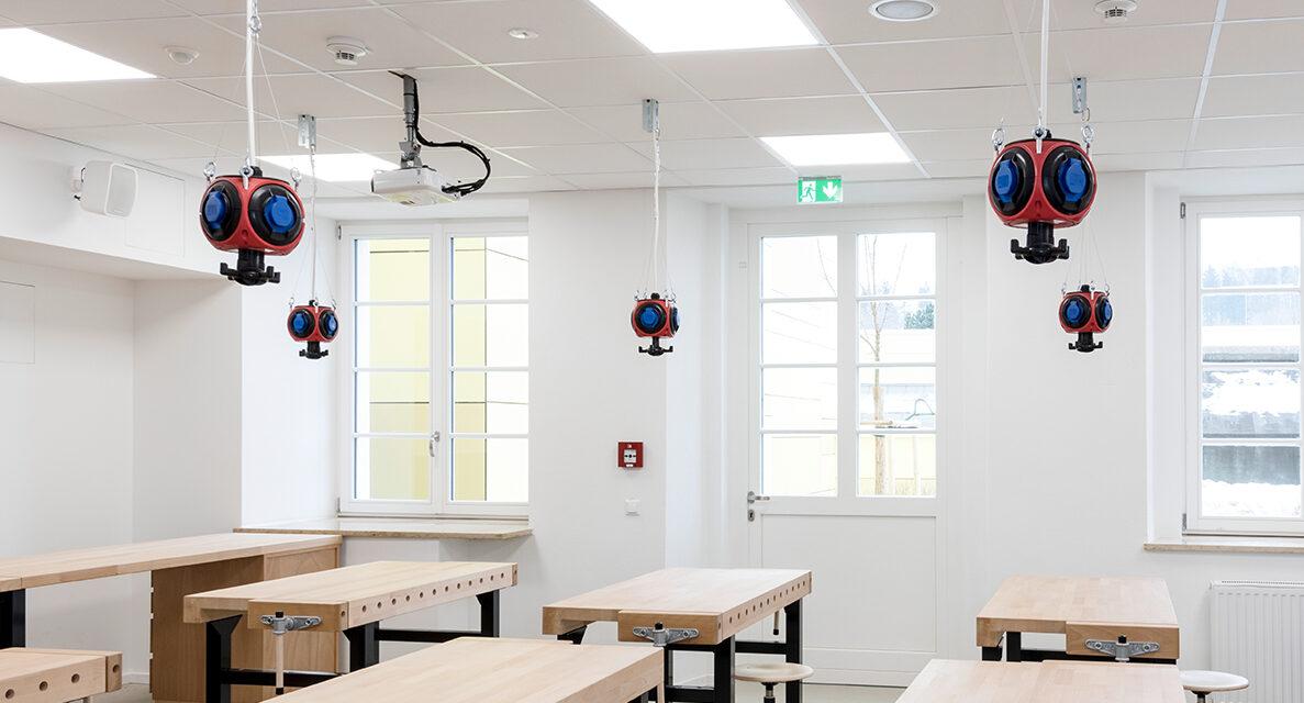 Beleuchtung Regiolux Jean-Paul-Schule